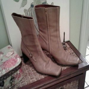 Nine west leather boots, 7 1/2